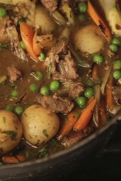 Navarin: French Lamb Stew with Fennel, Carrots and Peas Lamb Recipes, Meat Recipes, Slow Cooker Recipes, Dinner Recipes, Cooking Recipes, Healthy Recipes, Healthy Food, Salad Recipes, Lamb Dishes