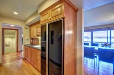Cottage Vacation Rental - Mallard Beach - Butler pantry for extra food storage