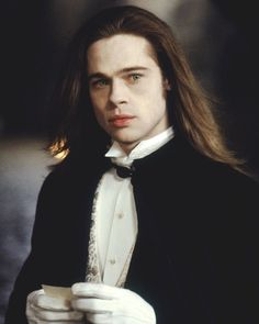 Louis de Pointe du Lac - Most Handsome Vampires - Interview With The Vampire - Brad Pitt Brad Pitt Vampire, Vampire Love, Vampire Art, Anne Rice, Brad Pitt Interview, Vampire Diaries, Thelma Y Louise, Lestat And Louis, Queen Of The Damned