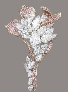 A diamond cluster and pink diamond flower brooch scored big @ Christie's in May 2012 with a final price of USD $2,937,260 #DiamondBrooch