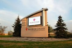 Red River College: Free-Standing LED Signage