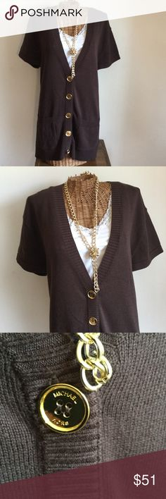 MICHEAL Micheal Kors Brown Top MICHEAL Micheal Kors top with gold buttons. Two pockets. Perfect condition. Great versatile Top. Very comfy and light. Reasonable offers considered. MICHAEL Michael Kors Tops Button Down Shirts