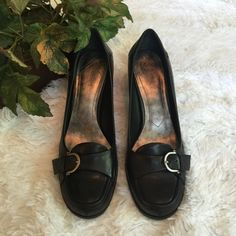 Nine West Shoes Great look with Pants or Skirt / Excellent Condition/ Worn Twice Nine West Shoes Heels