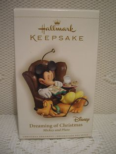 2006 - Dreaming of Christmas - Hallmark ornament
