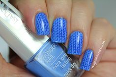 Knitted nails. IsaDora Scuba Blue & Poolside stamped with VividLacquer VL004