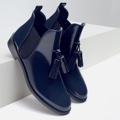 FLAT BOOTIES WITH TASSEL - View all - Shoes - WOMAN | ZARA United States