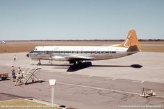 SAA History - Photo's Vickers Viscount please South African Air Force, Nostalgic Pictures, Viscount, World Pictures, History Photos, Air Travel, Air Show, Aviation, Aircraft