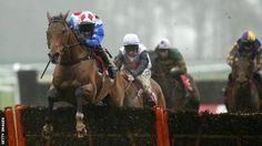 Reve De Sivola collapses and dies after Edinburgh Gin Handicap Hurdle at Kelso  https://www.racingvalue.com/reve-de-sivola-collapses-and-dies-after-edinburgh-gin-handicap-hurdle-at-kelso/
