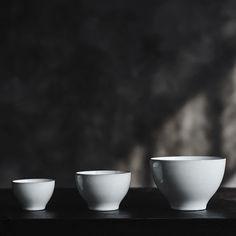 (1) Dinnerware – Roman and Williams Guild Roman And Williams, White Porcelain, Dinnerware, Tableware, Dinner Ware, Dining Ware, Tablewares, Dishes, Place Settings