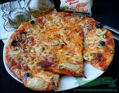 Pizza Diavolo,o pizza delicioasa,picanta preparata cu aluat de pizza crocant si pufos.Aluat de pizza dospit la rece, un aluat de pizza deosebit de bun. I Foods, Quiche, Food And Drink, Pizza, Cheese, Breakfast, Red Peppers, Morning Coffee, Quiches