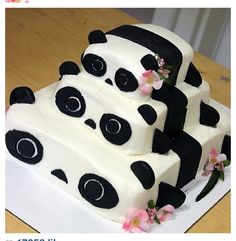 Panda cake for panda themed party!!!!! #sophiabelcastro