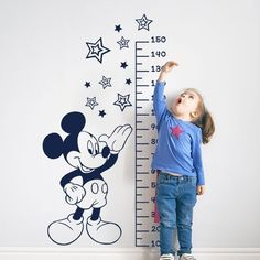 Vinyl meter Disney for the kids of the house. Discover our catalog of … - Kinderzimmer Baby Wall Decals, Nursery Wall Murals, Kids Wall Murals, Wall Sticker, Disney Baby Rooms, Baby Boy Rooms, Wall Painting Decor, Simple Wall Paintings, Baby Room Design