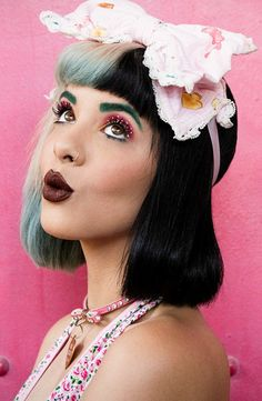 Which Melanie Martinez Hairstyle Are You? – Playbuzz Which Melanie Martinez Hairstyle Are You? Which Melanie Martinez Hairstyle Are You? Crazy People, Pretty People, Beautiful People, Cry Baby, Selena Gomez, Beyonce, Rihanna, Portraits, Celebrity Babies