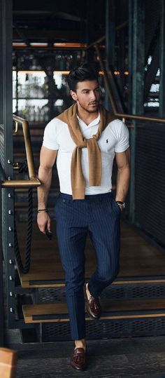 48 Most Popular Trend Fashion 2018 for Men Casual Outfit Mens Fashion Blog, Fashion Mode, Trendy Fashion, Mens Fashion 2018 Trends, Men Summer Fashion, Mens Fashion Outfits, Outfits For Men, Clothes For Men, Men Fashion Casual