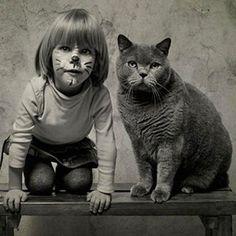 Une série de photographies raconte l'amitié d'une petite fille et de son chat #Lilu Blue Royal Lady