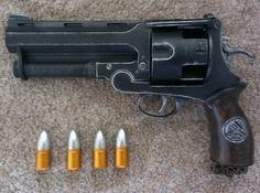 Hellboy Samaritan ll, full Sideshow Collectibles, sci-fi, prop gun Sci Fi Weapons, Concept Weapons, Handgun, Firearms, Hellboy Costume, Art Station, Pew Pew, Sideshow Collectibles, Movie Props