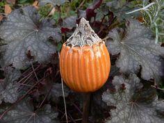 """Pflanzen- & Gartenstecker - Gartenstecker kleine orange """"KNOSPE"""" - ein Designerstück von Brigitte_Peglow bei DaWanda"""