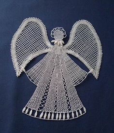 nové soutěže Bobbin Lace Patterns, Lace Heart, Lace Jewelry, Quilling, Lace Detail, Needlework, Projects To Try, Butterfly, Crafty