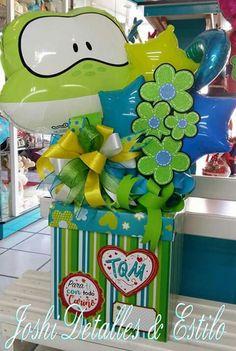 Balloon Basket, Balloon Box, Creative Gift Wrapping, Creative Gifts, Craft Party, Diy Party, Ideas Aniversario, Balloon Arrangements, Weird Gifts