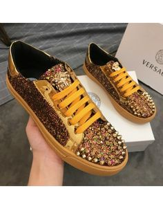 Versace T Shirt, Versace Shoes, Versace Fashion, Versace Men, Shoes Men, Men's Shoes, Dress Shoes, Sneakers Fashion, Fashion Shoes