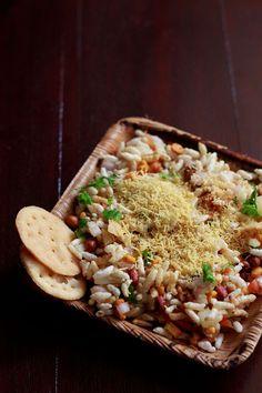 sukha bhel puri recipe or dry bhel puri recipe – mumbai street food (jhal muri)