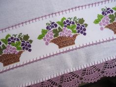 1 million+ Stunning Free Images to Use Anywhere Embroidery Stitches Tutorial, Crewel Embroidery, Free To Use Images, Tapestry Crochet, New Years Eve Party, Applique Designs, Cross Stitch Patterns, Finding Yourself, Lily