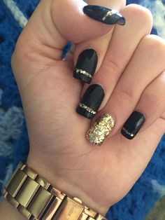 Dark gel nails, gold gel nails, black manicure, black gold nails, b Dark Gel Nails, Gold Gel Nails, Black Gold Nails, Gold Nail Art, Black Manicure, Acrylic Nails, Silver Nails, Black Wedding Nails, Black Glitter