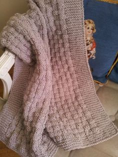 Manta de bebé en punto canasto pattern by Belen Perales Babyhutmädchen Manta de bebé en punto canasto