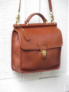 Vintage Coach Willis Messenger Bag in British Tan by FeelsFree Coach Purses,  Coach Handbags, cae3a8bba7