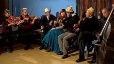 Motiva zenekar - Csalogató - koncertklip - ének: Kovács Nóri Pop Group, Folk, Songs, Concert, Unique, Musica, Popular, Fork, Concerts