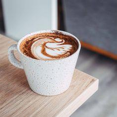 Gabriel Coffee (@gabrielcoffee) • Instagram photos and videos Coffee Instagram, Gabriel, Latte, Photo And Video, Drinks, Videos, Tableware, Photos, Food