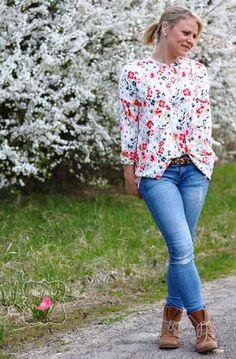 "Designersweek - Lotte & Ludwig - Fräulein Lenz - Bluse/Shirt - Viscose-Jersey - ""Blumenwiese"" - Glückpunkt."