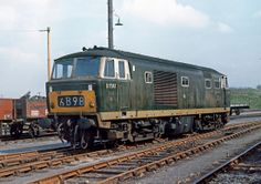 D7041 at Bristol St Philips Marsh in April 1967. Built at Beyer Peacock Ltd and delivered to Bristol Bath Rd Depot on 13th July 1962. Withdrawn on 1st Jan 1972 only 10 years old and cut up at Swindon Works in Sept 1972.