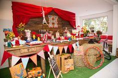 Apaixonada por esta linda Festa Circo!!Imagens Festices.Lindas ideias e muita…