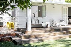 Blanco todopoderoso en un bungalow de playa | Decoración Más