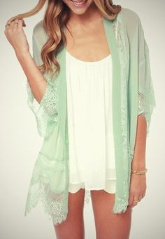 I want this kimono. Adorable.