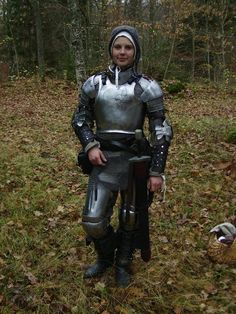 LARP costumeLARP costume » Page 2 of 98 » A place to rate and find ideas about LARP costumes. Anything that enhances the look of the character including clothing, armour, makeup and weapons if it encourages immersion for everyone.