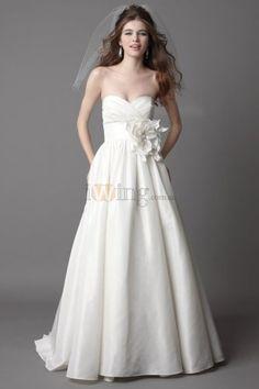 Hand-made Flowers A-line Sweetheart Empire Taffeta Wedding Dresses