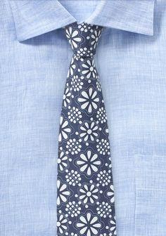 Dunkelblaue Krawatte mit Blüten-Design