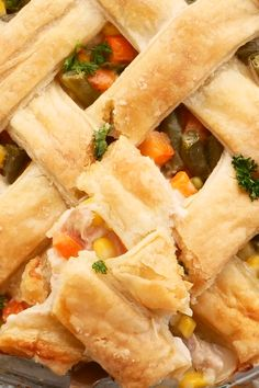 Puff Pastry Chicken Pot Pie - An easy and budget friendly, family friendly meal that you can freeze and heat for a quick and comfort dinner. Puff pastry makes the best crust! Use rotisserie chicken to save time or use up leftover chicken. Choose double crust or single for lower carbs. This is an easy recipe for a homemade dinner! Awesome comfort food that's packed with veggies and protein from chicken. Feeds a large family. Great for new moms, sick friends or to feed a gathering. Chicken Pot Pie Recipe Puff Pastry, Easy Chicken Pot Pie, Easy Chicken Recipes, Rotisserie Chicken, Freeze, Dinner Recipes, Dinner Ideas, Food Videos, Protein