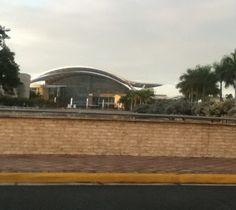 The Convencion Center in San Juan  Foto taken by: Me