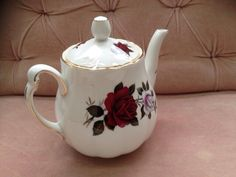 A teapot for a rose