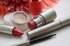 Le Maquillage Ilia, disponible chez MonCornerB.  >http://www.moncornerb.com/