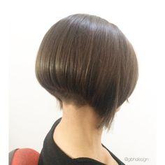 """13 Likes, 1 Comments - Giorgio Barazzutti (@gbhdesign) on Instagram: """"#haircut #gbhdesign #bobhairstyle #bobhaircut #tagliocapelli #tagliodonna #taglionetto #carré…"""""""