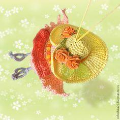 """Купить Совушка """"Спешу-спешу!"""" - оранжевый, сова, игрушка, птица, шляпа с полями, розочки, вязаная Christmas Ornaments, Toys, Holiday Decor, Home Decor, Activity Toys, Christmas Ornament, Interior Design, Home Interior Design, Christmas Topiary"""