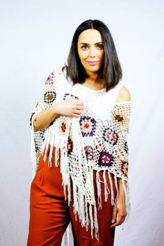 White Knitted ShawlChrochet ShawlWool ShawlBoho ShawlOne by KiZoy Knitted Shawls, Chrochet, Fashion Outfits, Wool, Trending Outfits, Unique Jewelry, Handmade Gifts, Clothes, Etsy