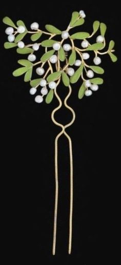 An Arts and Crafts Mistletoe gold, pearl and enamel  hair pin, by Mrs. Philip (Charlotte) Newman, circa 1900. Collection of Neil Lane. Image: Maker and Muse. #CharlotteNewman #ArtsCrafts #HairPin