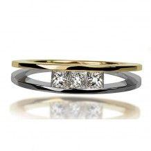 Modern gold and princess cut diamonds ring Cardamone 3P