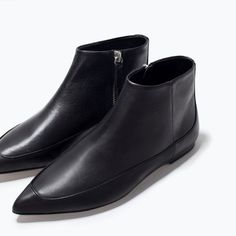 FLAT LEATHER BOOTIES from Zara.