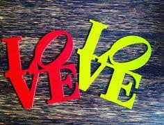 LOVE   siluetas disponibles en color negro verde y rojo. #love #amor #decoracion #madera #mdf #lasercutting #lasercut #cortelaser #diseño #decoration #design by dimadeko_1